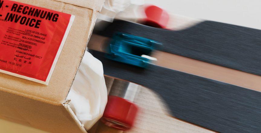 Verpacken von waren in Paket